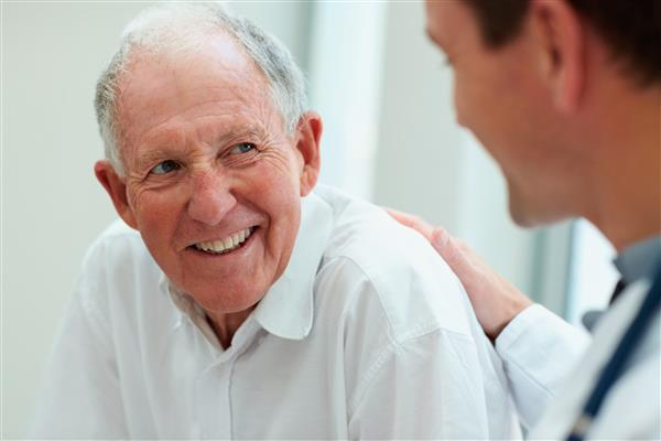 ThinkStockPhotos100811008_seniormale_doctor.jpg